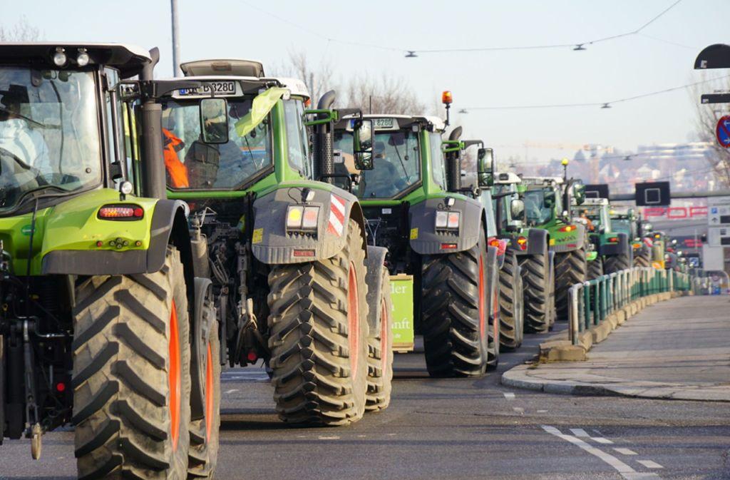 Auf dem Weg zum Cannstatter Wasen: Bauernprotestzug in Stuttgart Foto: SDMG/SDMG / Kohls
