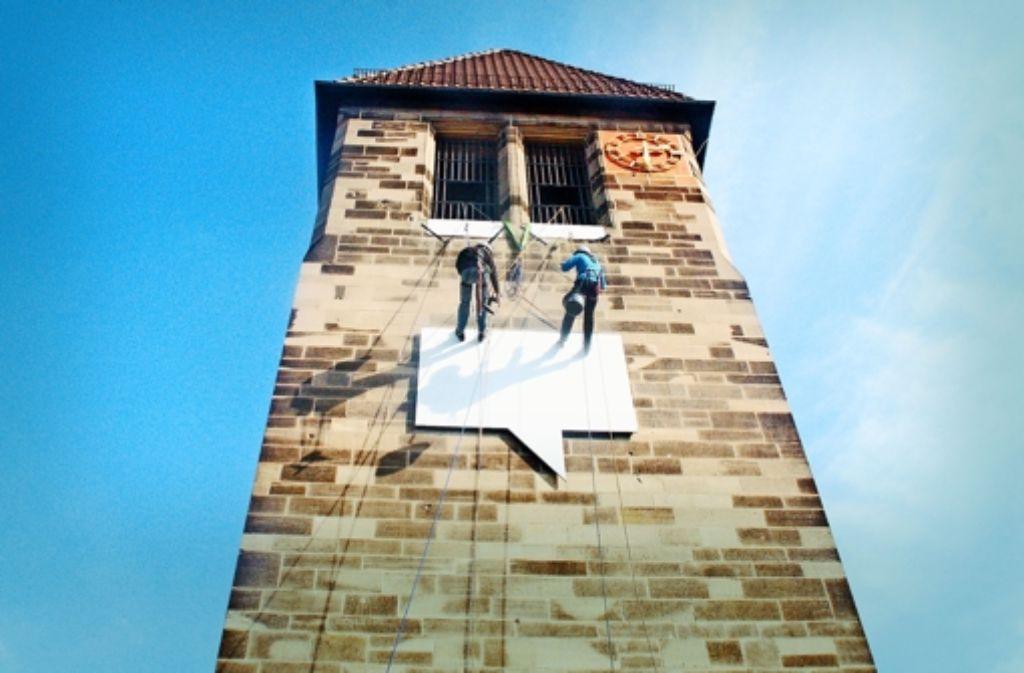 Die Fassade des Turms der Martinskirche im Stuttgarter Norden     wird  beim Jugendkirchenfestival  regelmäßig  zur Aktionsfläche. Foto: privat