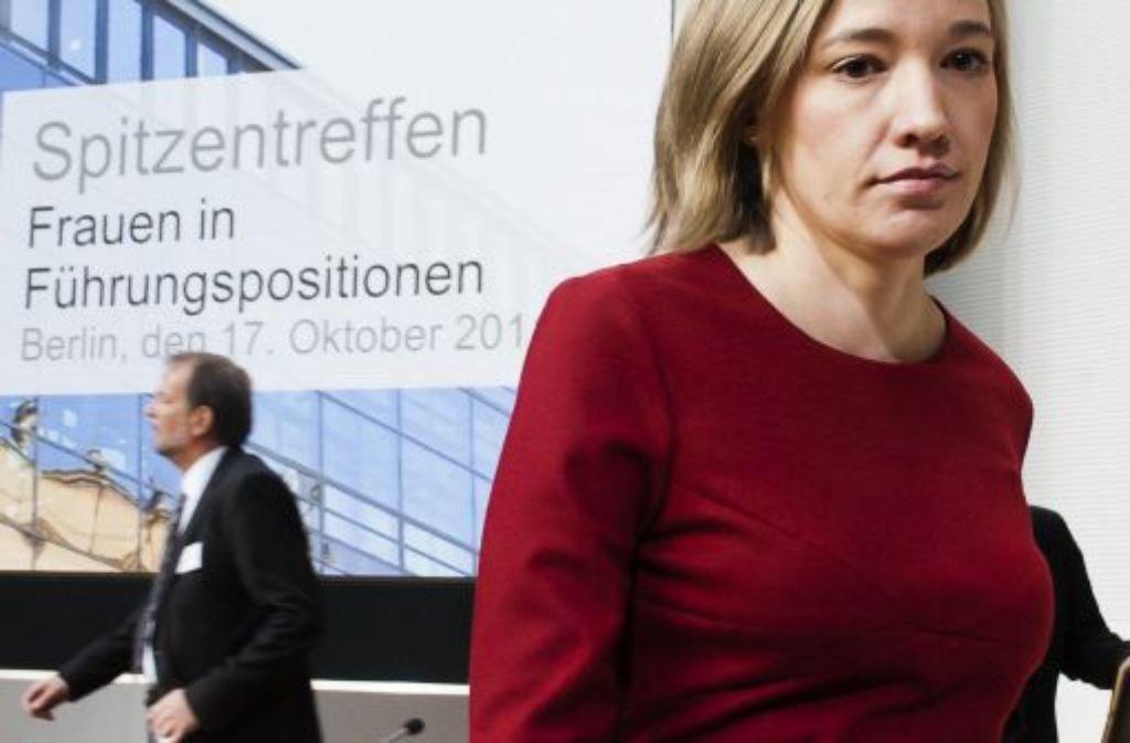 Bundesfamilienministerin Kristina Schroeder (CDU) in der Repraesentanz der Deutschen Telekom beim Treffen mit Vertretern der 30 DAX-Unternehmen. Foto: dapd