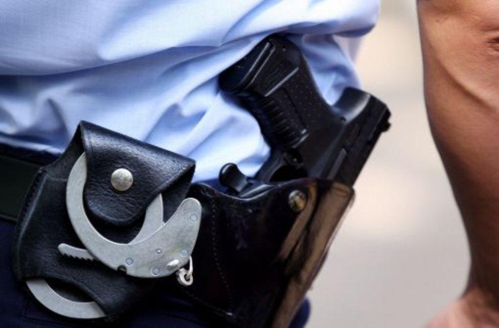In der Stuttgarter Innenstadt hat ein Sittenstrolch die Polizei am Samstag gleich nehrfach auf den Plan gerufen. Diese und weitere Meldungen der Polizei. (Symbolfoto) Foto: dpa/Symbolbild