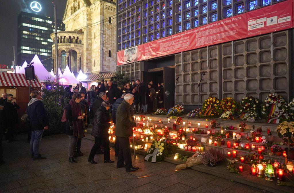 Eine Gedenkveranstaltung drei Jahre nach dem Terroranschlag 2019 in Berlin (Archivbild) Foto: dpa/Jörg Carstensen