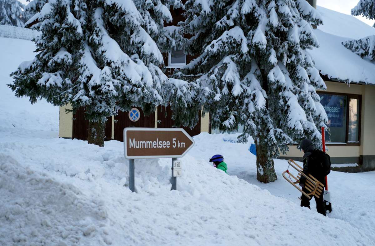 Im Schwarzwald sind bis Montag sogar 25 Zentimeter Neuschnee möglich. Foto: dpa/Benedikt Spether