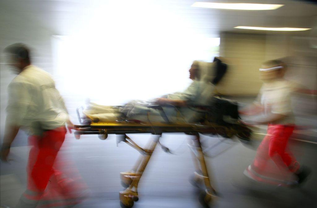 Beim Schlaganfall muss es schnell gehen. Telemedizin kann in solchen Notfallsituationen helfen. Foto: dpa