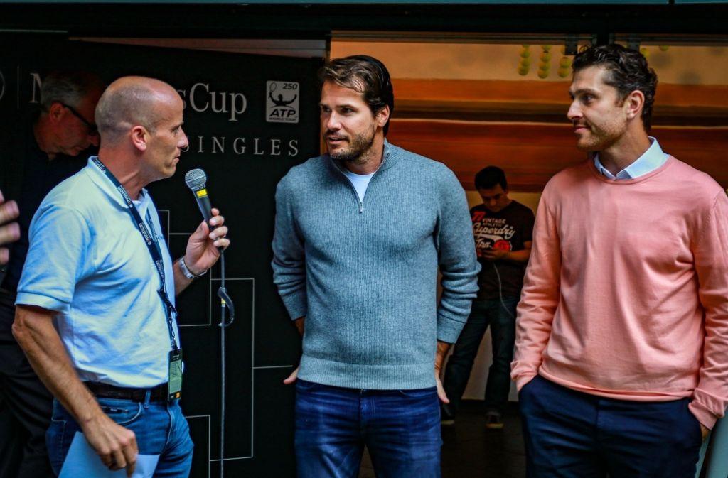 Tommy Haas (Bild Mitte) und Michael Berrer (rechts) bei der Auslosung des Turniers am Weißenhof in der Bar Tatti. Foto: 7aktuell.de/Friedrichs