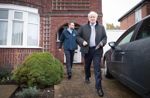 Boris Johnson in Klinik – Queen spricht Briten Mut zu