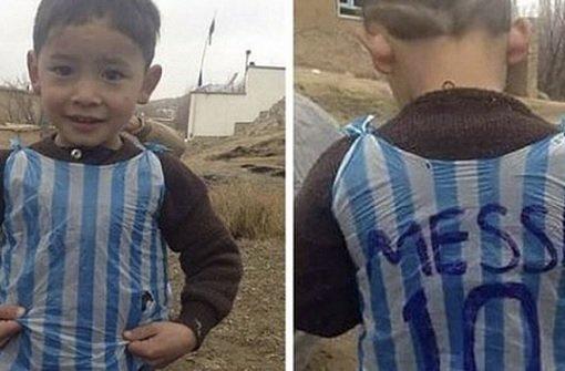 Messi-Fan rührt mit gebasteltem Trikot