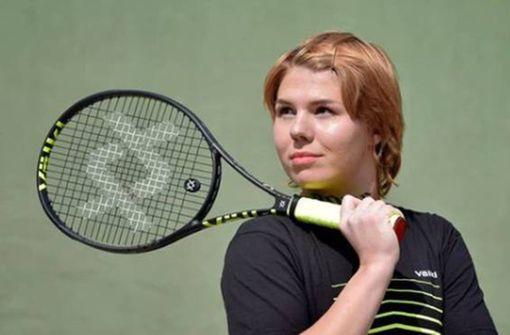 Wie Oleksandra Oliynykova auf ihrer Haut Werbung macht