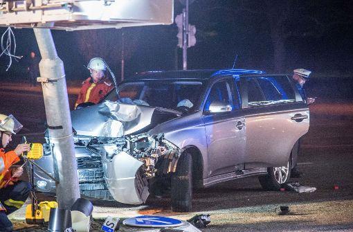 Zwei Verletzte Kollision Crash mit Ampel