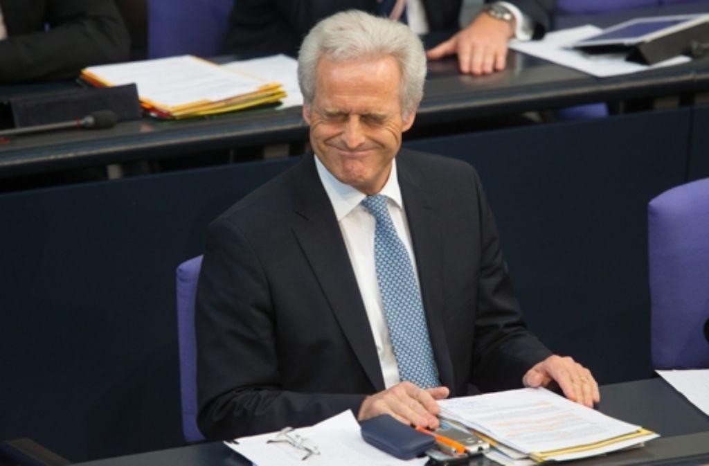 Für Bundesverkehrsminister Peter Ramsauer (CSU) ist das Milliardenprojekt Stuttgart 21 unumkehrbar. Foto: dpa