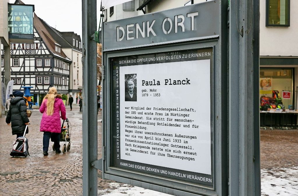 """Der """"Denkort"""" befindet sich vor der Kreuzkirche im Herzen der Stadt. Foto: Horst Rudel"""