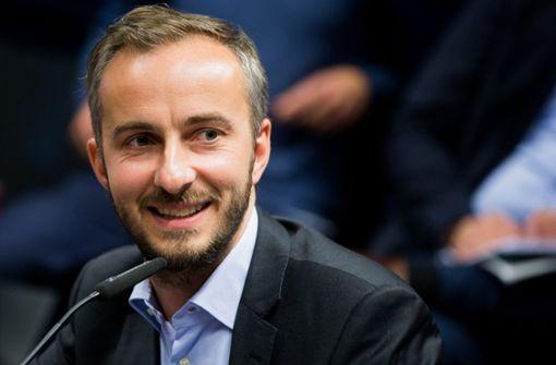 """Jan Böhmermann ruft zu Spenden für die """"Lifeline"""" auf"""