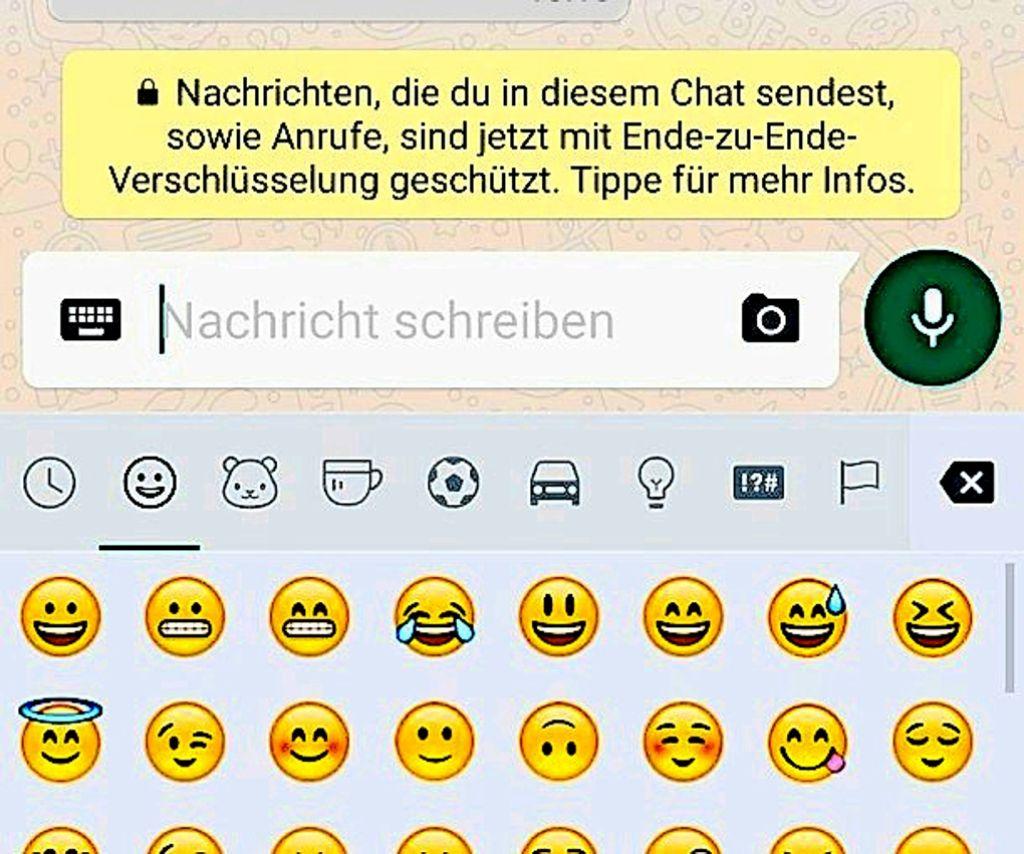 Mit dieser Nachricht informiert der Nachrichtendienst WhatsApp über die Verschlüsselung Foto: StN