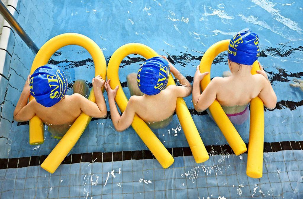 Auch Vereine sollen das Lehrschwimmbecken für Kurse nutzen können. Foto: dpa