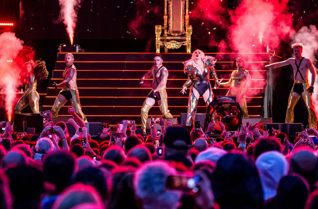 Das war eine bunte Show in Stuttgart, die ganz auf Optik setzt – und auf ihre Hauptdarstellerin Christina Aguilera. Foto: Lichtgut