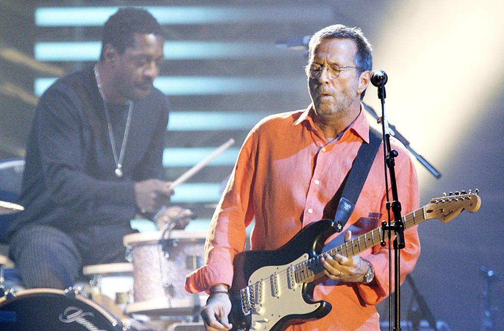 Lang, lang ist's her: Zuletzt spielte Eric Clapton 2006 in der Schleyerhalle, nun kommt er wieder. Foto: Rudel/Murat