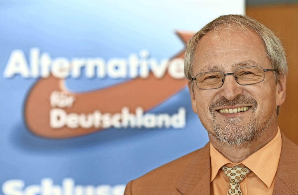 Vorstandsmitglied der AfD, Bernd Grimmer, will nach der Spaltung auf Dialog setzen. Foto: dpa