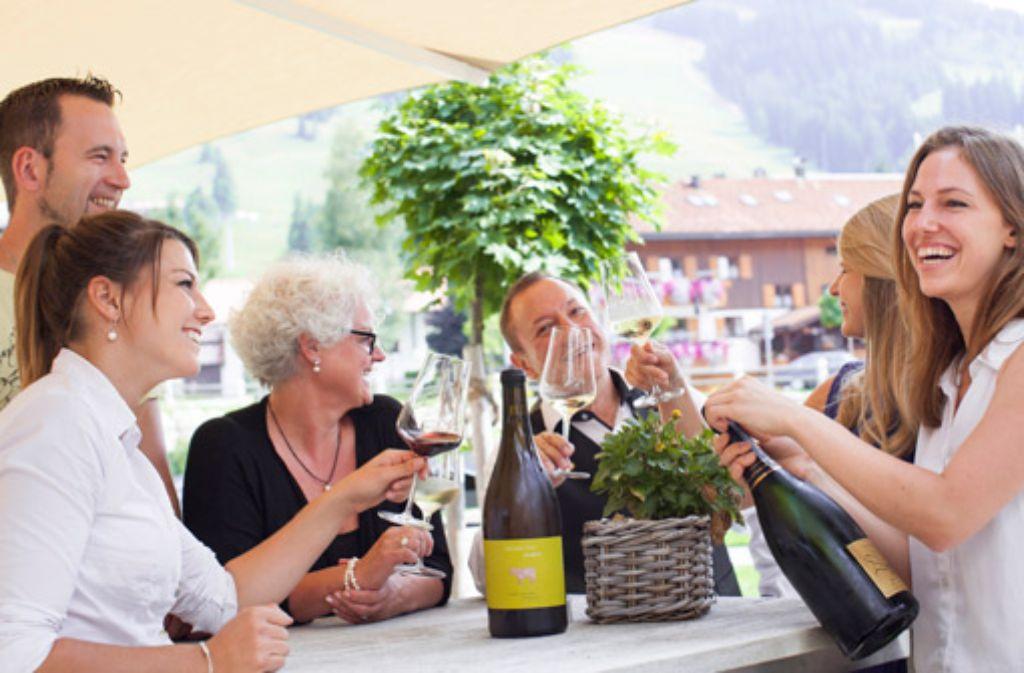 Weinverkostungen in der Allgäuer Bergwelt.  Foto: Panoramahotel Oberjoch