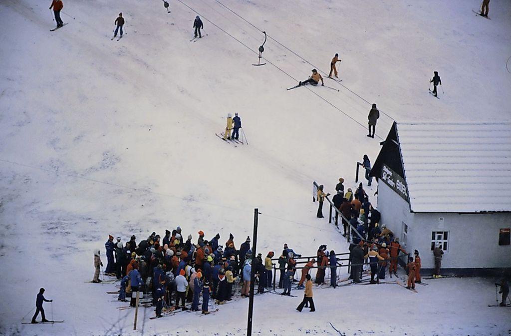 Die Winterfreuden mit  dem legendären Skilift am Piz Mus währte bis 1995 – dann wurde die Anlage endgültig stillgelegt Foto: Thomas Hutzel