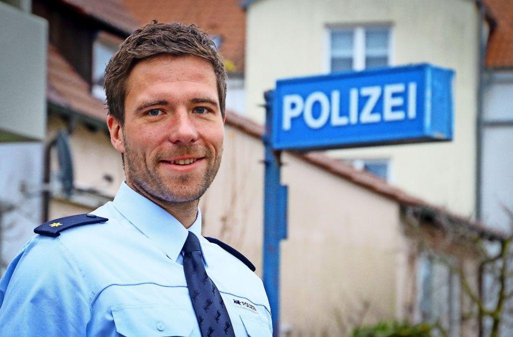 Der 34-jährige  Sven Schüler ist verantwortlich  für die  Polizei in den vier Strohgäukommunen. Foto: factum/Granville