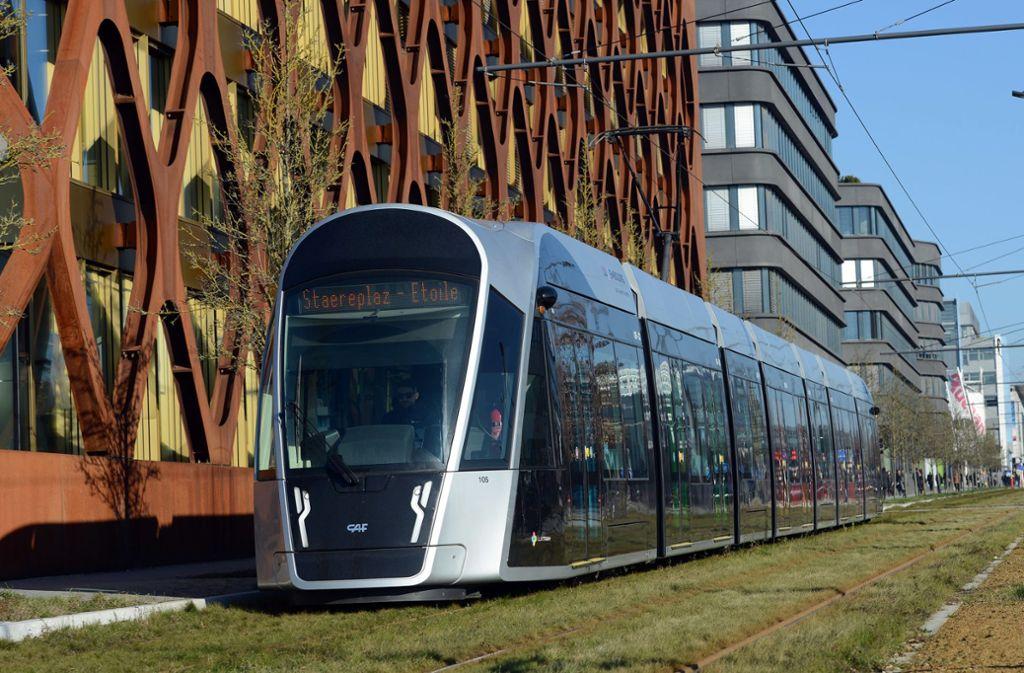 Ohne Ticket einsteigen: In Luxemburg seit Samstag kein Problem mehr. Foto: dpa/Harald Tittel