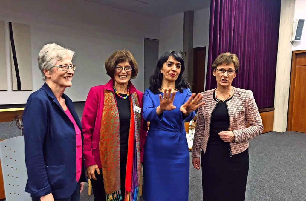 Renate Strauß, Ursula Wagner, Muhterem Aras und Sabine Kurtz (von links). Foto: Lohrmann