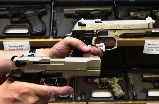 Waffen aus Serbien in Stuttgart verkauft
