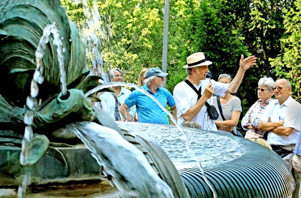 Der Stadtspaziergang von Walter Sittler endet am Galatea-Brunnen. Foto: Lichtgut/Michael Latz