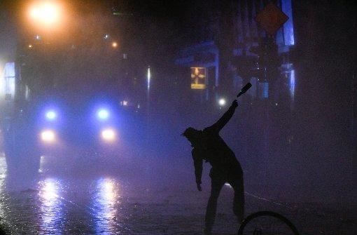 Hamburg erlebt dritte Krawallnacht