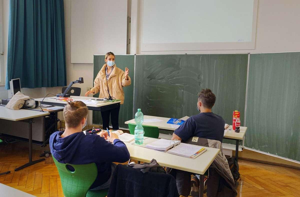 In den weiterführenden Schulen herrscht Maskenpflicht. Foto: imago images//Michael Weber
