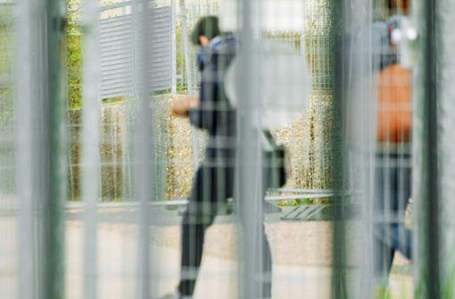 Flüchtlingshelfer kritisieren die Behörden