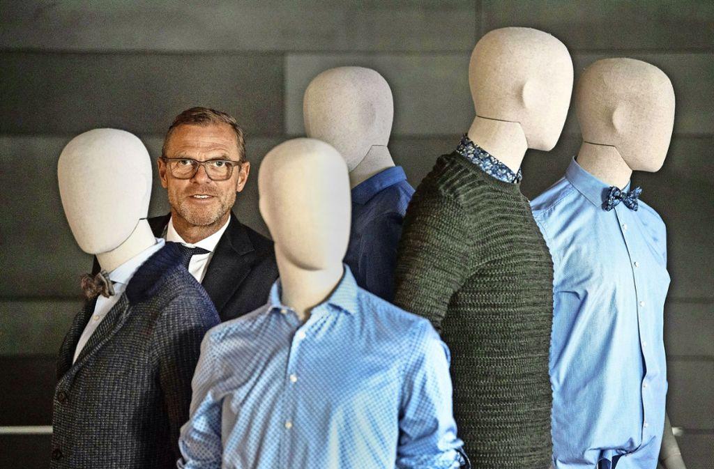 Fliege, Krawatte oder nichts: Olymp-Chef  Bezner hat für sich die Frage beantwortet. Foto: dpa