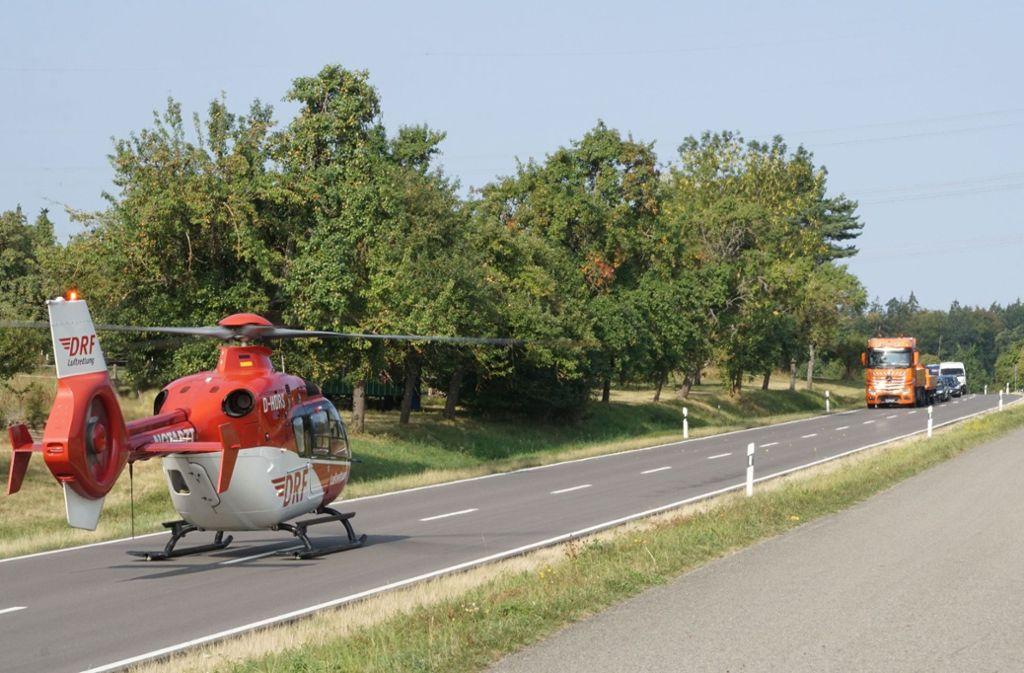 Ein Rettungshubschrauber brachte die Frau ins Krankenhaus. Foto: SDMG