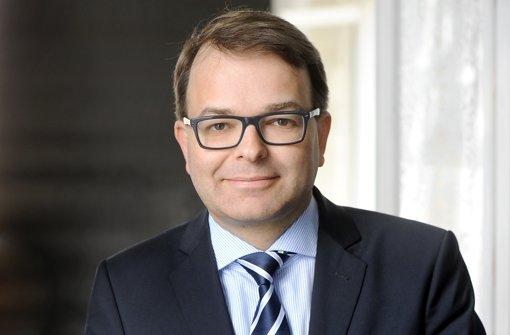 Die VW-Anzeigen kamen zu früh, sagt Frank Roselieb. Er ist geschäftsführender Direktor und Sprecher des Instituts für Krisenforschung an der Christian-Albrechts-Universität sowie Leiter der Krisennavigator Unternehmensberatung in Kiel. Foto: Privat