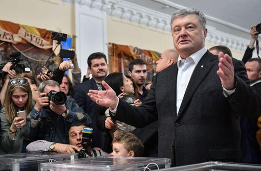 Ukraine wählt Präsidenten – Sticheleien und Proteste