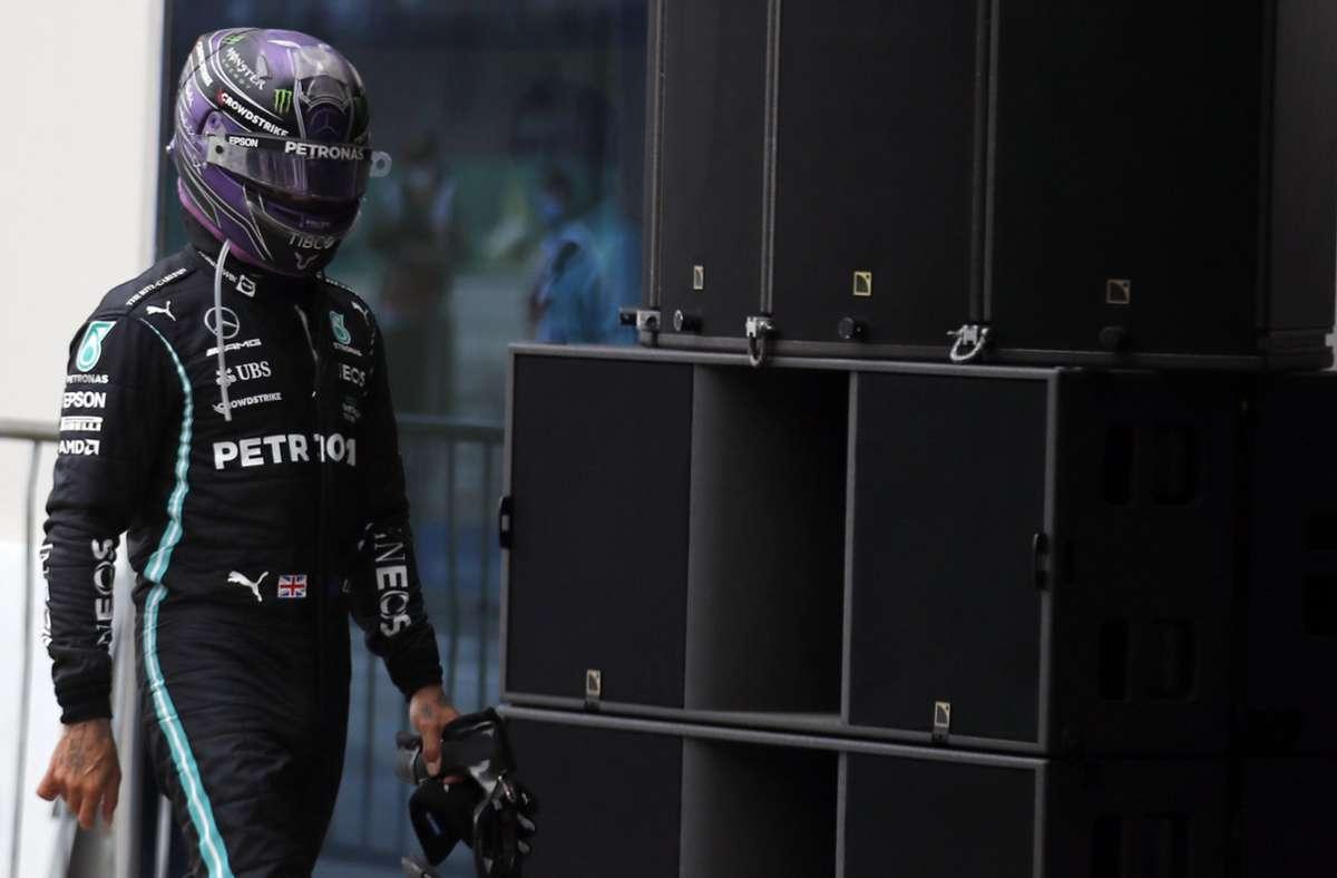 Abgang mit schlechter Laune: In Istanbul lief es ganz und gar nicht nach Lewis Hamiltons Vorstellungen. Foto: dpa/Umit Bektas