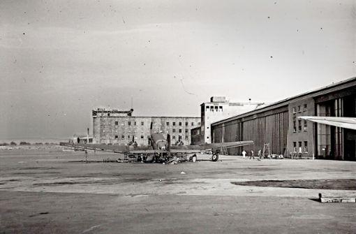 Nach der Fertigstellung des Flughafens fielen die Bomben