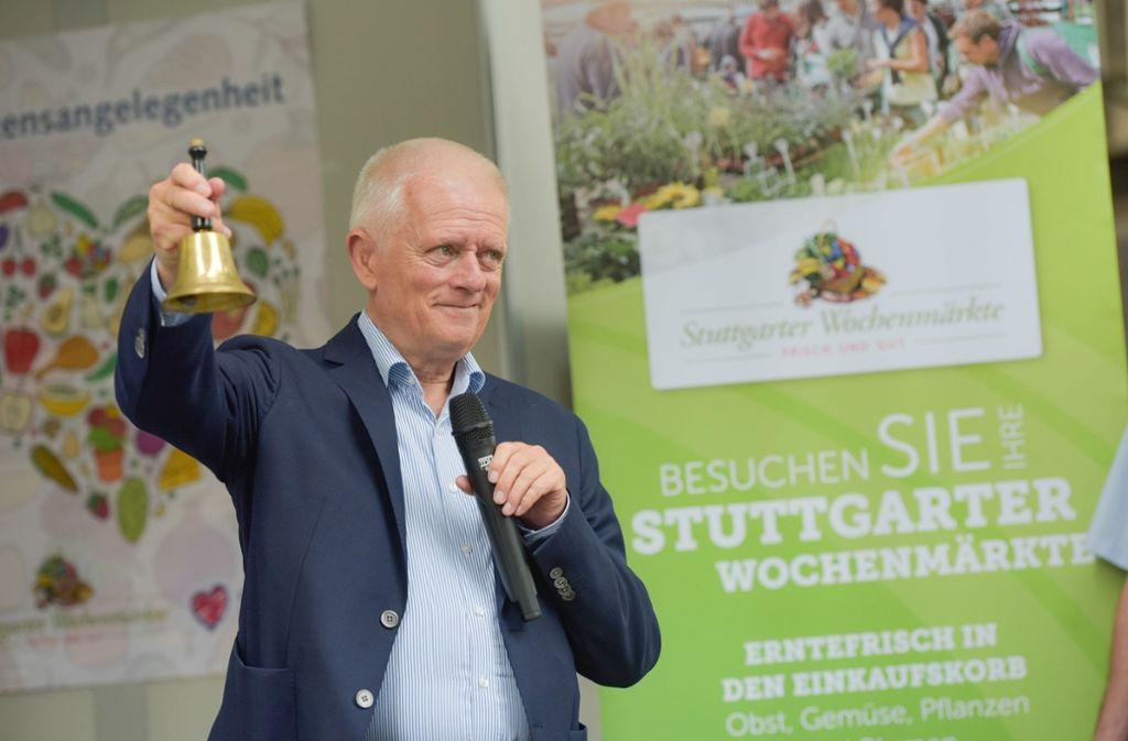 OB Kuhn läutet den plastikfreien Wochenmarkt ein.  Foto: Lichtgut/Max Kovalenko