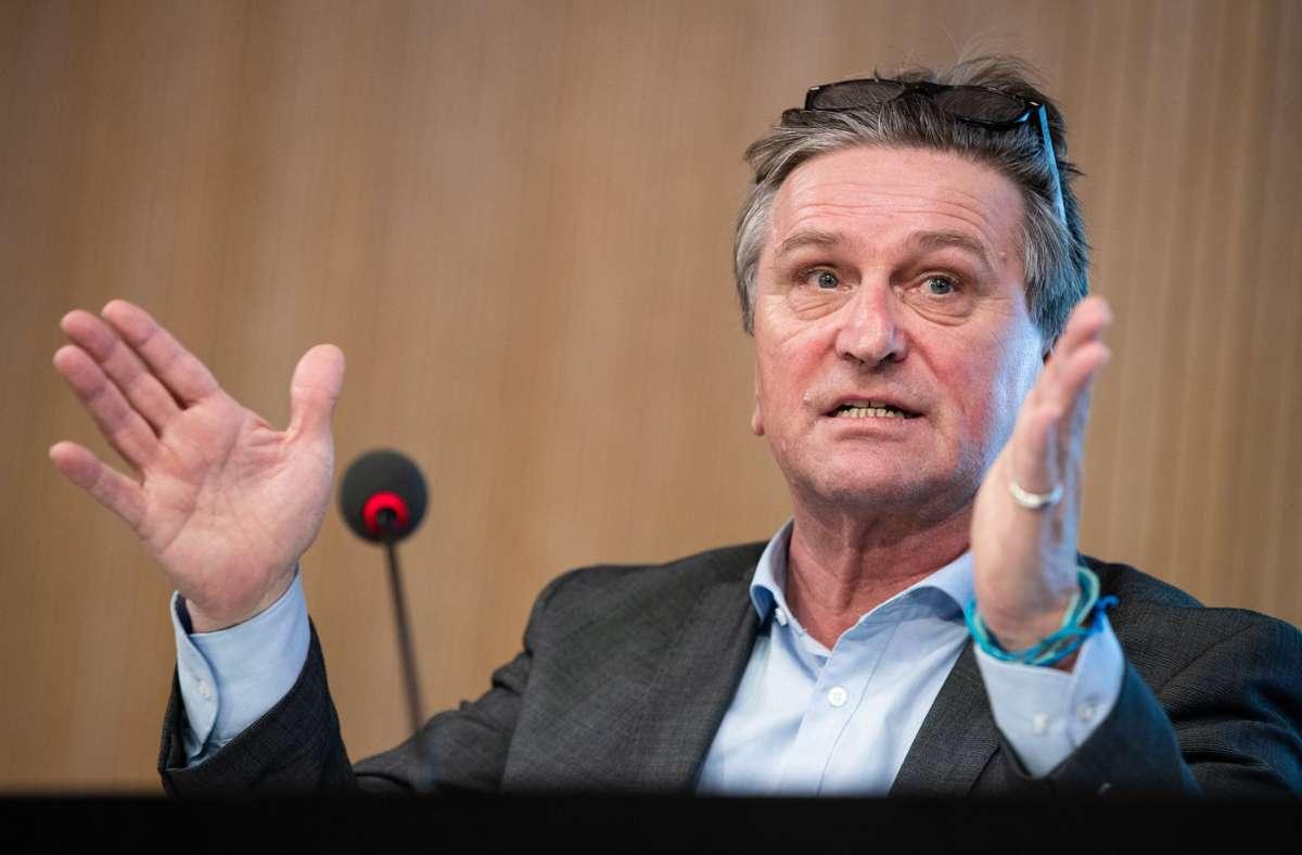Manfred Lucha: Die Bedenken des Lehrerverbands konnten nicht bestätigt werden. Foto: dpa/Christoph Schmidt
