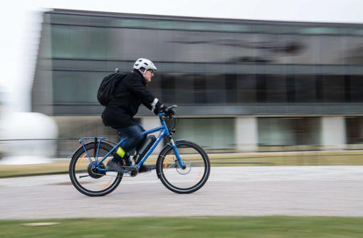 Land plant zehn Radschnellwege