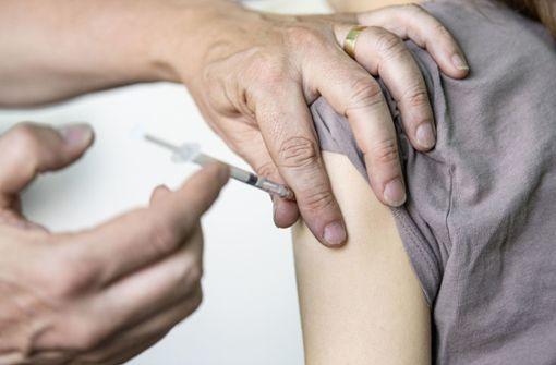 Hunderte abgelaufene Impfdosen von Moderna verabreicht