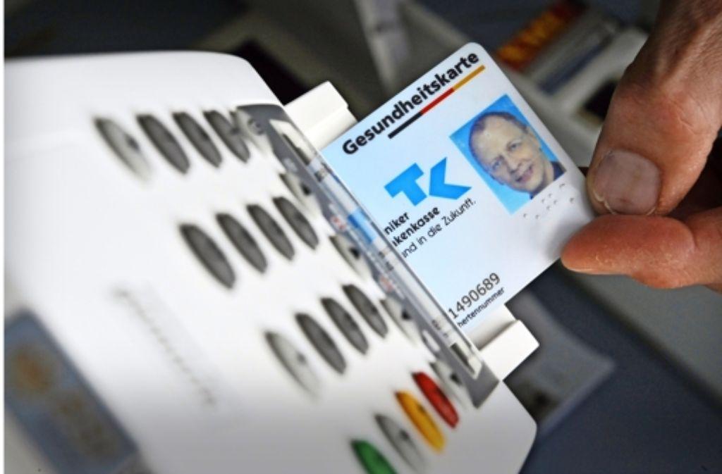 Die elektronische Gesundheitskarte hat bisher eine Milliarde Euro verschlugen  – ohne die versprochenen Erleichterungen zu bringen. Foto: dpa