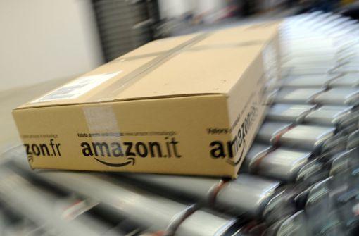 Zustellerin stiehlt mehr als 100 Pakete