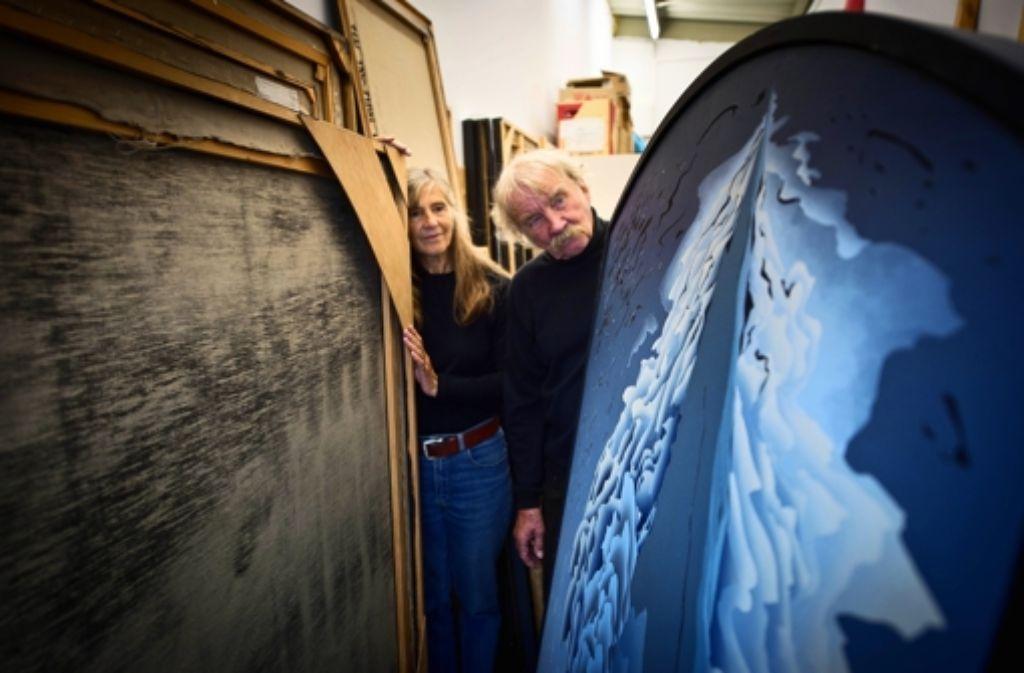 Ursula Thiele-Zoll und Dietmar Thiele kämpfen zurzeit dagegen, dass die Mehrwertsteuer für Kunstverkäufe von sieben auf 19 Prozent steigt. Foto: Martin Stollberg