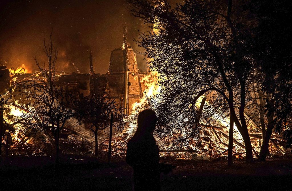 Im September brannte in Kirchberg ein Haus ab – die Polizei verhaftete einen Feuerwehrmann als mutmaßlichen Brandstifter. Foto: SDMG