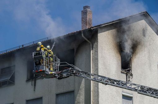 Wohnung brennt komplett aus
