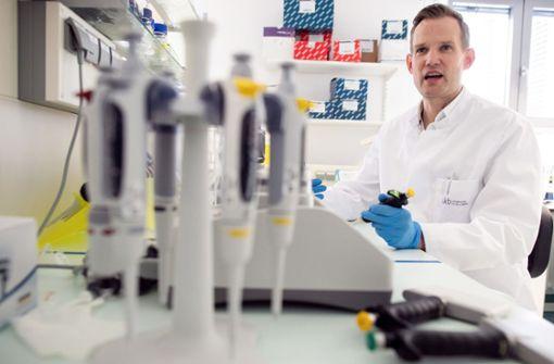 """Virologe Hendrik Streeck plädiert für """"mehr Mut"""" im Sommer"""