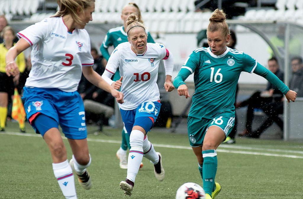 Das DFB-Team sicherte sich als Gruppensieger die Teilnahme an der Endrunde in Frankreich. Foto: dpa