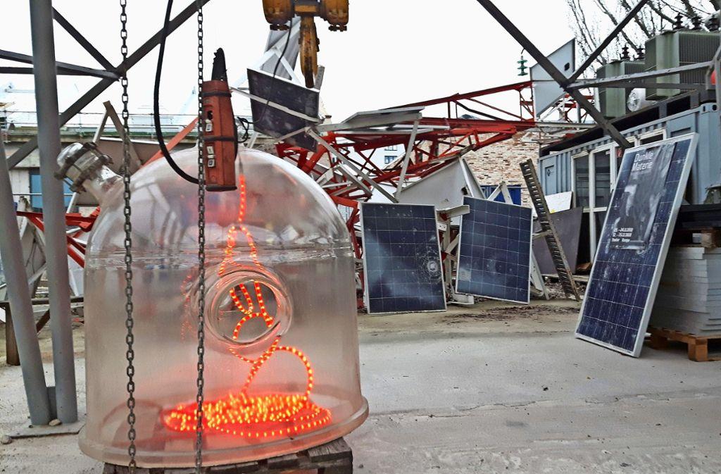 Was aussieht wie eine futuristische Weihnachtsbeleuchtung, ist Teil eines neuen Konzepts zur Energiegewinnung in der Container City Foto: Ev a Funke