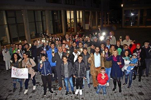 Bürger setzen  ein Zeichen gegen Rassismus