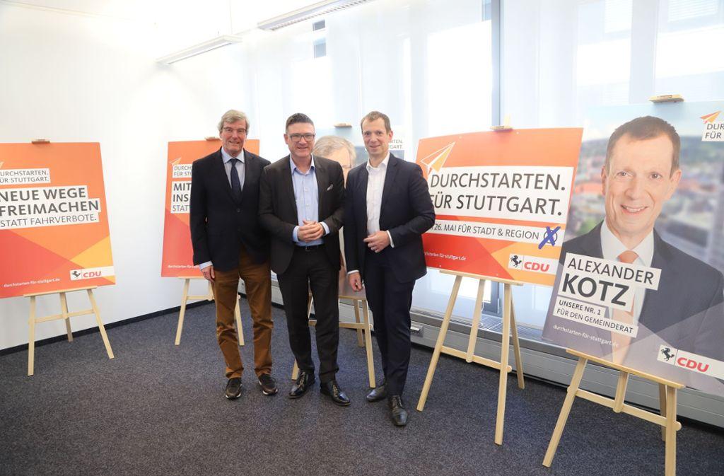 Der Spitzenkandidat der Stuttgarter CDU für die Regionalwahl ist Regionalpräsident Thomas Bopp (links), daneben Kreisvorsitzender Stefan Kaufmann und Gemeinderatsfraktionschef Alexander Kotz (rechts). Foto: CDU
